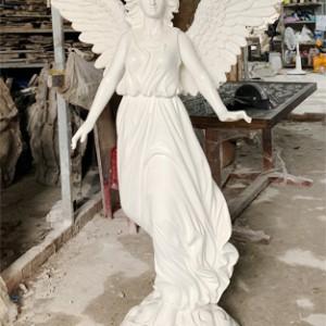 tượng cô gái chất liệu composite