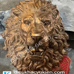 Phù điêu đầu sư tử, đầu sư tử composite giả đồng